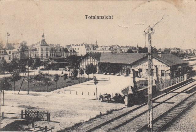Rennbahnhof_1905_Totalansicht.jpg